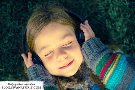 4 Tips For Lifting Your Spirit With Music Therapy
