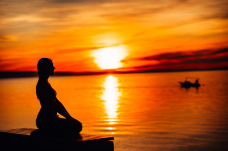 8 Ways To Stay Awake When You Meditate