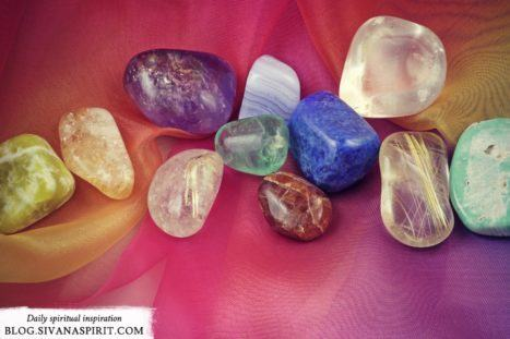 A Simple Guide To Balancing The Chakras With Gemstones