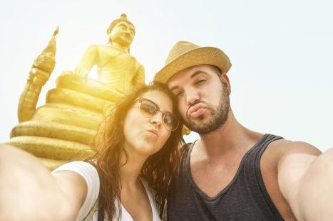 4 Reasons Buddha Would LOVE Smartphones