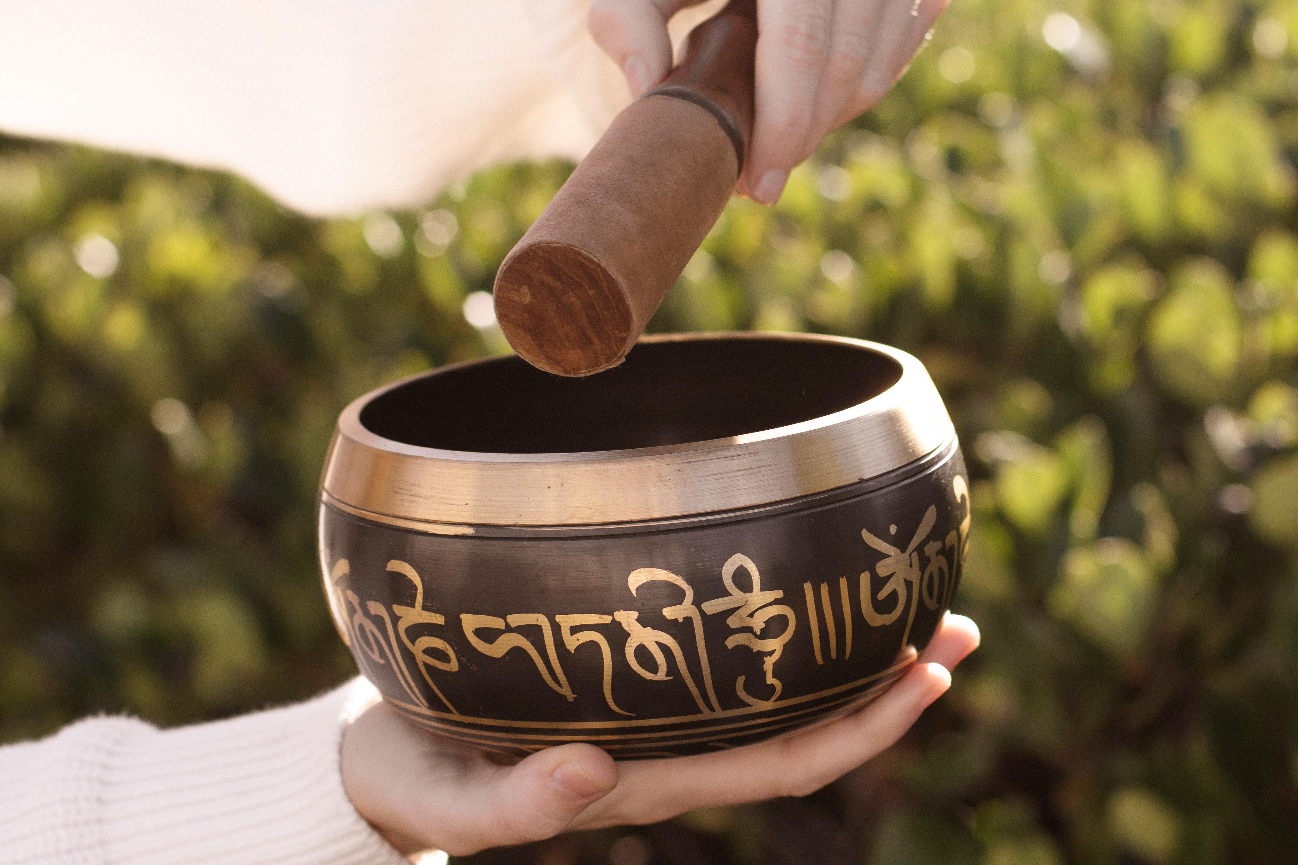 The Incredible Healing Effects Of Tibetan Singing Bowls