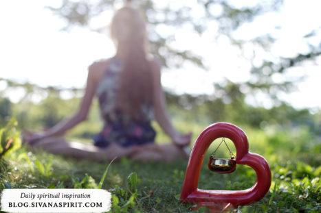 Spring Cleanse With These 2 Yoga Pranayamas & Essential Oils
