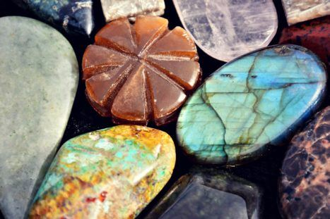 5 Crystals That Will Connect You To The Energy Of Summer