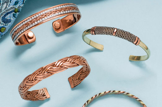Here's What Copper Jewelry Is Telling You When Your Skin Turns Green
