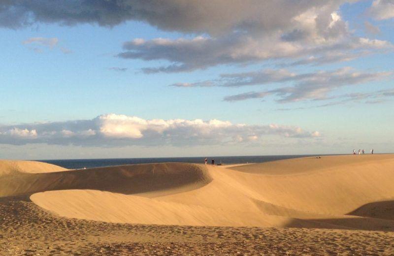 """Holiday Yoga"" – Dunes Beaches & Sea at always sunny Gran Canaria"