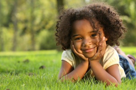 How Simple Mindfulness Exercises Helps Raise Confident, Resilient, Empathetic Kids