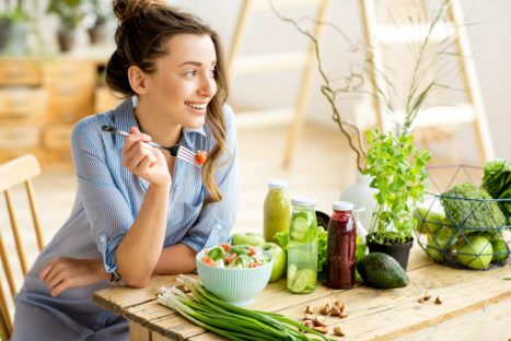 10 Important Reasons To Eat Raw Foods