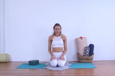 Easy Morning Kundalini Yoga & Meditation For Energy & Radiance