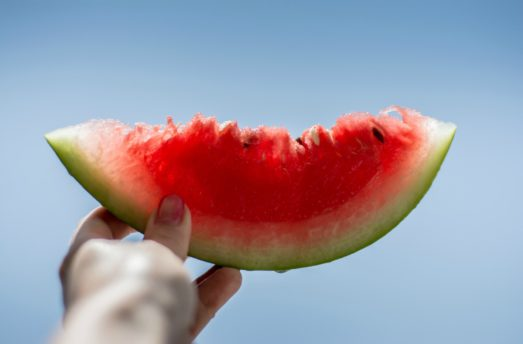 7 Summer Fruits That Help You Detoxify And Stay Healthy