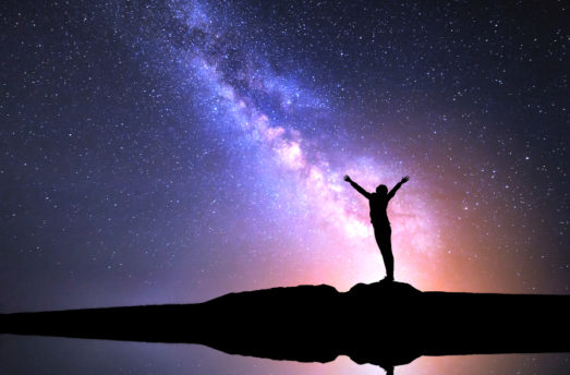 5 Ways The Universe Is Letting You Know You're On The Right Path