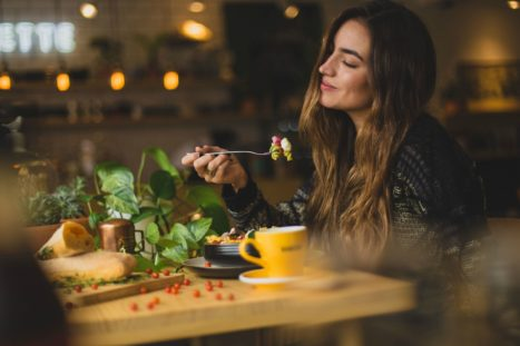 9 Essential Rules For Conscious Eating
