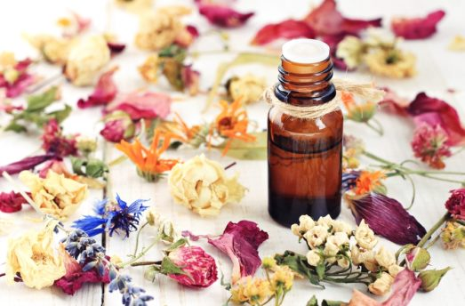 Why You Should Incorporate Natural Oils Into Your Yoga Practice