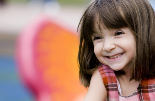 8 Ways Laughter Creates A Positive Outlook For Children