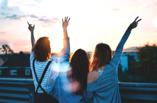 5 Easy Ways To Spread Positivity