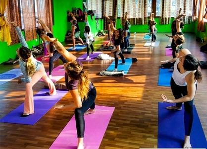 200 Hour Yoga Teacher Training In Rishikesh (February)